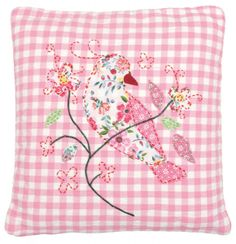 This pretty pink cushion is full of the joys of spring and is just the thing for livening up a dull, dark day. The pink and white gingham cushion is… Gingham Fabric, Pink Gingham, Diy Bordados, Sewing Crafts, Sewing Projects, Bird Pillow, Bird Quilt, Pink Bird, Textiles