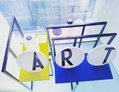 Lunes Mondrian Mondrian's monday Lunedi Mondrian Lundi Mondrian  #museum #museothyssen #happy #handmade #new ##monday #mondrian #lunes😎 #destijl #geometry #art #artisan #collection #artgift #detail #colour #shoppingmadrid #barrioletras #table #chair #design #exclusive #unique #funny #iron  #disegno #furniture