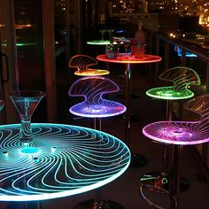 Add a fun twist to your next party with the Spyra Bar Set from Lumisource. The clear acrylic table top and barstool seats feature etched swirls and when turned on the multi-colored LED color fades between red, blue and green. Colorful Kitchen Decor, Kitchen Colors, Green Kitchen, Kitchen Ideas, Bar Interior Design, Interior Design Living Room, Cafe Design, Hookah Lounge Decor, Nightclub Design