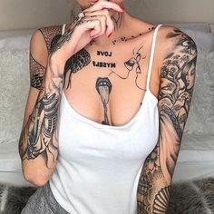 Piercing Tattoo, Ma Tattoo, Tattoo Blog, Piercings, Sketch Tattoo, Dope Tattoos, Body Art Tattoos, Sleeve Tattoos, Female Tattoos
