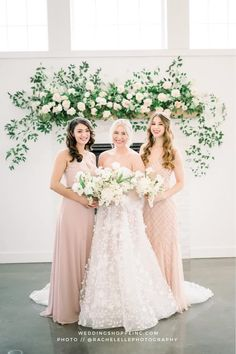 simple and stunning bridesmaid dresses | boho and classy wedding | the best wedding dresses and bridesmaid dresses Blush Pink Bridesmaid Dresses, Blush Pink Wedding Dress, Blush Pink Weddings, Gorgeous Wedding Dress, Best Wedding Dresses, Designer Wedding Dresses, Wedding Trends, Wedding Ideas, Lovely Dresses