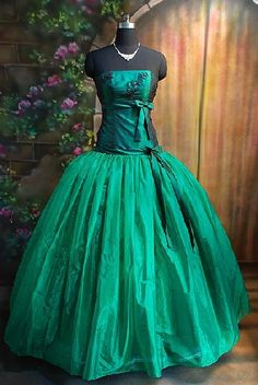 forest green prom dresses