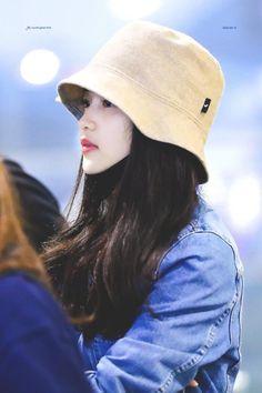 kim taeri, taeri kim, 김태리 in 2020 Bad Girl Outfits, Korean Actresses, Korean Celebrities, Korean Beauty, Girl Crushes, Hats For Women, Asian Woman, Movie Stars, Korean Fashion