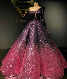 """That looks like the Ballgown version of the Star Princess Dress from """"Th Phantom of the Opera."""""""