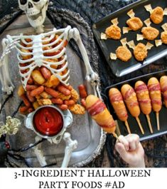 The best Halloween treats are made with just 3 ingredients, and these Halloween party foods are sure to please all of your Halloween party guests. Halloween School Treats, Halloween Food For Party, Halloween Kids, Food Costumes, Party Guests, 3 Ingredients, Pork Recipes, Sausage, Good Food
