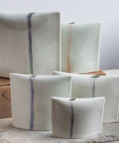 Soliflore en porcelaine fait main avec fines par taylorceramics Plus Plus