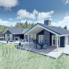 Lake House Plans, New House Plans, Small House Plans, Modern Bungalow Exterior, Modern Farmhouse Exterior, Gate House, Facade House, Metal Building Homes, Building A House
