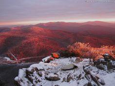 Mary's Rock Appalachian Trail Shenandoah National Park (via Appalachiancharm)