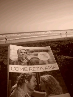 Comer, rezar y amar... Come Reza Ama, Eat Pray Love, My Books, Closet, Change Of Life, Recommended Books, Armoire, Closets, Wardrobes