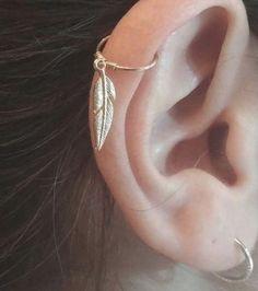 #hoopearrings Spider Bite Piercing, Double Cartilage Piercing, Cartilage Piercings, Peircings, Septum, Conch Earring, Cartilage Earrings, Simple Earrings, Boho Earrings