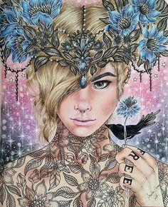 Sommarnatt @hannakarlzon  #hannakarlzon #drawing #colorpencil #panpastel #art #realism #blonde #bird #blacbird #tattoo #coloringbook #coloringbookforadults #fabercastellpolychromos #giotto #prismacolor #marcorenoir @jardineiras.assumidas @jardimsecretolove @coloring_secrets @coloring.masterpiece @coloringobsession @artecomoterapia @coreaart @minha_florestaencantada