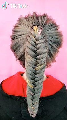 TikTok: schau dir lustige kurze Videos an - Unique Hairstyles, Girl Hairstyles, Braided Hairstyles, Popular Hairstyles, Wedding Hairstyles, Curly Hair Styles, Natural Hair Styles, Hair Videos, Hair Hacks