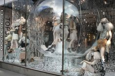 Google Image Result for http://thewindowdisplayblog.files.wordpress.com/2010/12/topshop-christmas-windows-2010.jpg