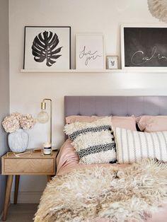 Boho bedroom diy, bedroom inspo, modern bedroom, home decor bedroom, mast. Trendy Bedroom, Modern Bedroom, Girls Bedroom, Bedroom Neutral, Summer Bedroom, Teen Bedrooms, Diy Home Decor Bedroom, Cozy Bedroom, Bedroom Ideas