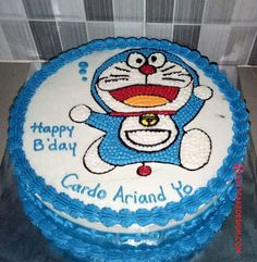 50 Most Beautiful looking Doraemon Cake Design that you can make or get it made on the coming birthday. Cake Designs Images, Cool Cake Designs, Homemade Birthday Cakes, Birthday Cakes For Men, New Year Cake Decoration, Car Shaped Cake, Doraemon Cake, Cartoon Birthday Cake, Lamb Cake