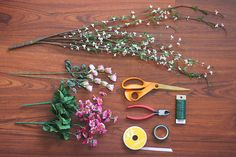 3-Step DIY Flower Crown Your Daugher Will Want to Wear All Spring