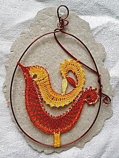 jarné motívy :: Bobbin Lace Patterns, Weaving Patterns, Hobbies And Crafts, Diy And Crafts, Bobbin Lacemaking, Types Of Lace, Lace Heart, Point Lace, Lace Jewelry