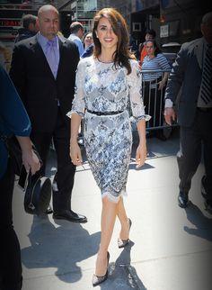 Penélope Cruz's Daytime Dress Proves She's the Ultimate Oscar de la Renta Woman from InStyle.com