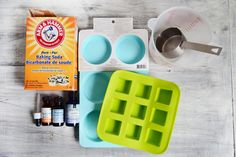 These DIY shower melts have an energizing mixture of essential oils that is sure to help you perk up in the morning. Shower Bombs, Bath Bombs, Bathtub Cleaner, Lip Scrub Homemade, Homemade Beauty Products, Natural Products, Shower Steamers, Diy Shower, Home Made Soap