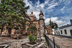 Zapotlan El Grande (Cd Guzman)  fotos de: http://mw2.google.com/mw-panoramio/photos/medium/106580007.jpg  http://mw2.google.com/mw-panoramio/photos/medium/58345332.jpg