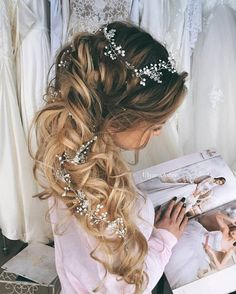 Ulyana Aster Romantic Long Bridal Wedding Hairstyles_30 ❤ See more: http://www.deerpearlflowers.com/romantic-bridal-wedding-hairstyles/