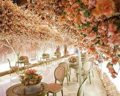 """Lebanese Weddings on Instagram: """"Your wedding reception is the first impression your guests will get of the party , so make sure you bring the """"WOW"""" factor  ! Wedding planner : GC events @gcevents #lebaneseweddings"""""""