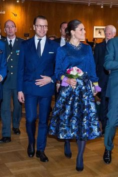 Daniel and Victoria Swedish Royalty, Princess Victoria Of Sweden, Queen Dress, Blouse And Skirt, Royals, Families, Evening Dresses, Blouses, Formal