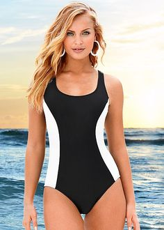 VENUS RAZOR ONE-PIECE    I love the color blocking that gives a slimmin illusion!