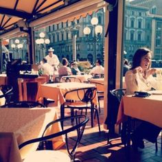 Tipping in Italy. When to tip, when not to tip, and how much.