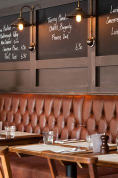Pub the broad chare interior design by ward robinson newcastle upon tyne re Banquette Seating Restaurant, Cafe Seating, Booth Seating, Pub Design, Pub Interior, Restaurant Interior Design, Table Presentation, Bares Y Pubs, Café Bistro