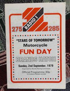 Bbc Radio 1, Old Time Radio, Radio Wave, The Dj, Radios, Childhood Memories, Growing Up, Nostalgia, Waves