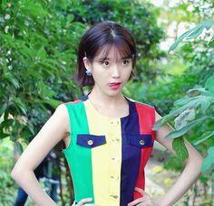 Best Actor, Kpop Girls, Asian Girl, Short Hair Styles, Vest, Singer, Actresses, Actors, Denim