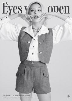 Nayeon, Kpop Girl Groups, Korean Girl Groups, Kpop Girls, Teaser, My Girl, Cool Girl, Twice Chaeyoung, Twice Tzuyu