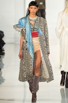 What a great way to print mix!  See the complete Maison Margiela Spring 2016 Couture collection.
