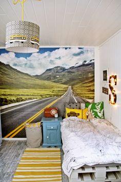 { Det nye BARNEROMMET } Cool Boys Room, Of Wallpaper, Girl Room, Playroom, Nursery, Kids Rooms, Kid Stuff, Bedroom Ideas, House