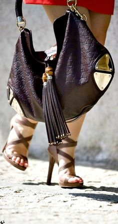 Gucci bag. great look for the fall. What do you think?
