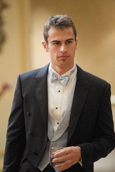 FRANNY, Theo James, 2015. ©QED International