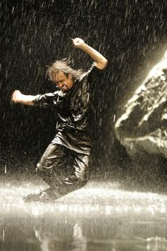 ♪♫ Dance ♪♫ in the rain