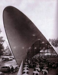 1958 - Felix Candela's reinforced concrete shells. the Manantiales Restaurant in Xochilmico, Mexico City