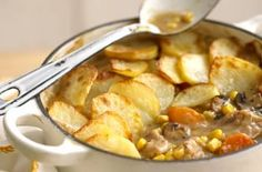 Chicken and sweetcorn hotpot This tasty chicken hotpot is easy to make, packed with potatoes, mushrooms, carrots and sweetcorn and only costs £1.58 per serving.