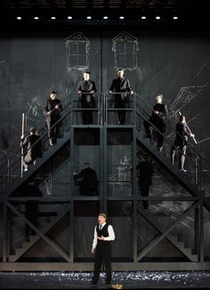 Alceste de Christophe Willibald Gluck. Set and costumes Pierre-André Weitz.