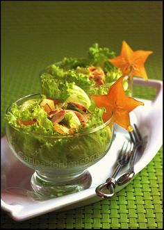 Carambola and avocado salad, i've tried it, it's delicious!!!!!