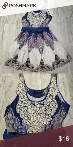 """M lace detail sundress Medium sundress with lace and beaded details, ribbon belt. Purchased from a local boutique. Excellent loved condition, washed and worn once. I'm 5'10"""" and this was a little too short on me for my taste. Young Threads Dresses Midi"""