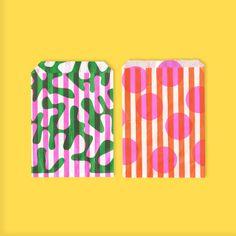 Pretty colorful paper bags |risotto shop | Bolsas coloridas de papel. Serían dulceros adorables Graphic Patterns, Print Patterns, Pattern Print, Graphic Prints, Pattern Design, Print Design, Print Print, Design Design, Design Trends