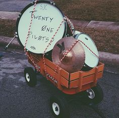 Tyler definitely wrote twenty one pilots on the drum << it was Josh... haven't you seen the behind the scenes video??
