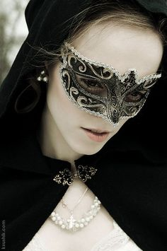 Where can I find Masquerade masks? To make me the queen of the ball