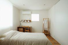 - MUJI bedroom