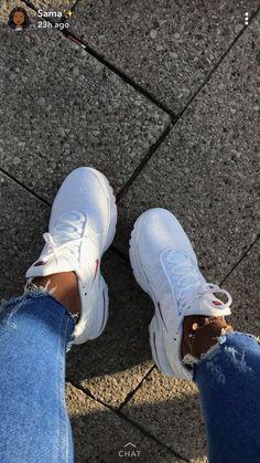 big sale 35eeb cc121 kjvougee ❕ Cute Sneakers, Cute Shoes, Sneakers Nike, Me Too Shoes