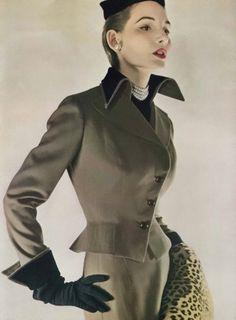 August Vogue 1949.1940s fashion
