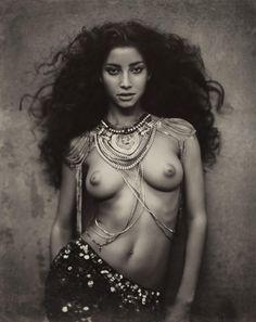 La Perle de Tahiti   Marc Lagrange, a fine art photographer